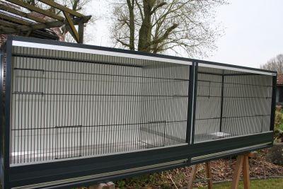 kooi B210 x D60 x H68cm in antraciet aluminium  met tussenschot en acp wanden