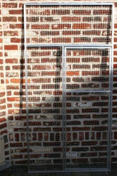 deurpaneel in brut alu 102x200cm met draad 25x25x2,05mm