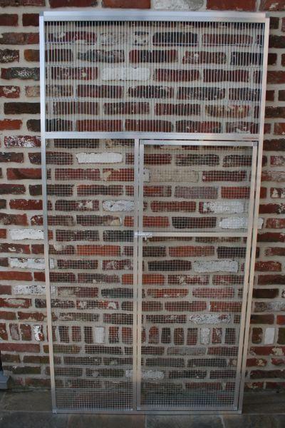 deurpaneel in brut alu 102x200cm met ingebouwd front boven deur