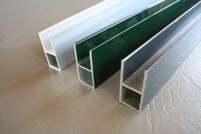 profielen 20 x 20 x 1,5mm met flens 16mm polycarbonaat